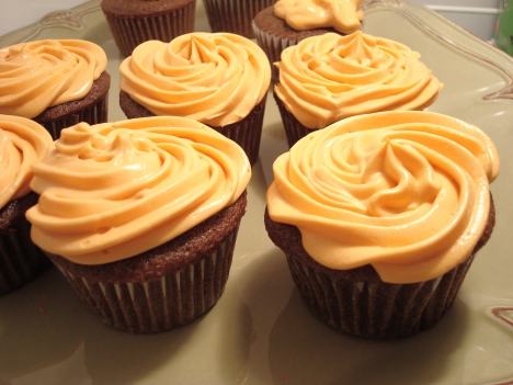 Rich Chocolate Cupcakes with Honey Cream Cheese Frosting ...